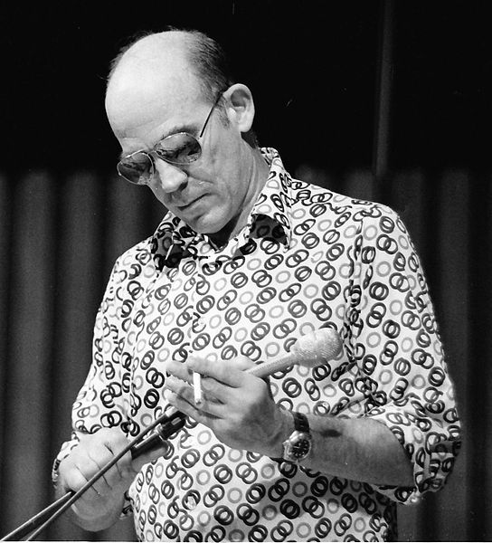 Hunter_S._Thompson,_1988_crop